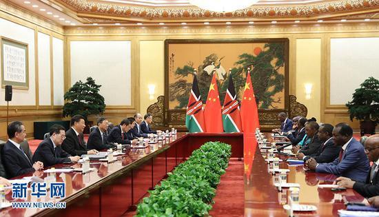 国家主席习近平在北京人民大会堂会见肯尼亚总统肯雅塔